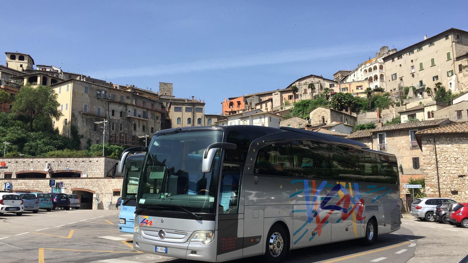 Bus Mercedes Travego  52 POSTI